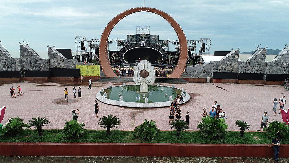 Lộ diện sân khấu hoành tráng Chung khảo phía Bắc HHVN 2018 trước giờ G - ảnh 15