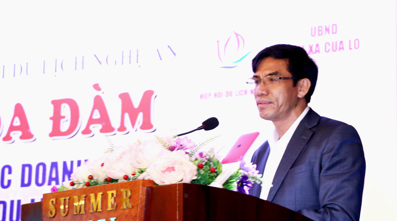 Đ/c Doãn Tiến Dũng- Phó bí thư thị ủy- Chủ tịch UBND TX phát biểu tại buổi tọa đàm