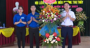 tặng hoa