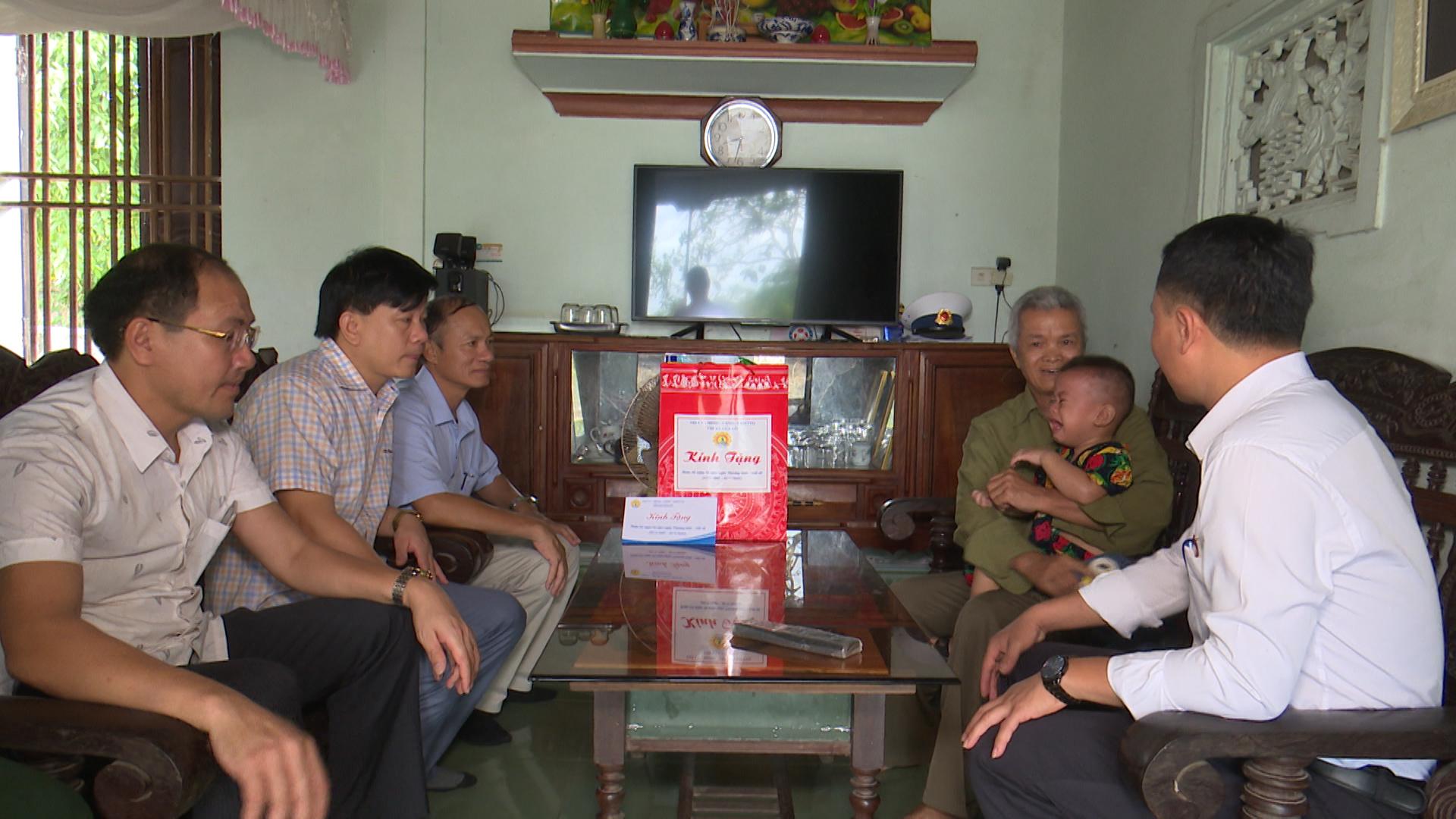 PS Trang 23 - 7.00_16_21_04.Still029