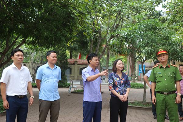Ktra N Huong1