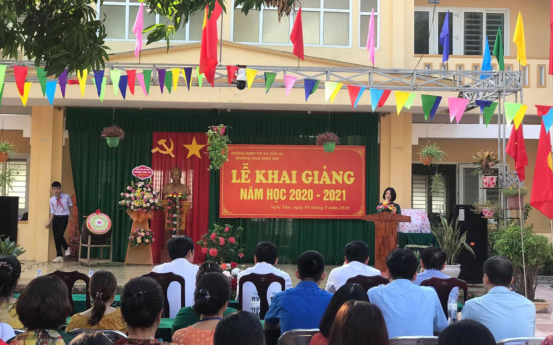667 học sinh trường THCS Nghi Tân bước vào năm học mới