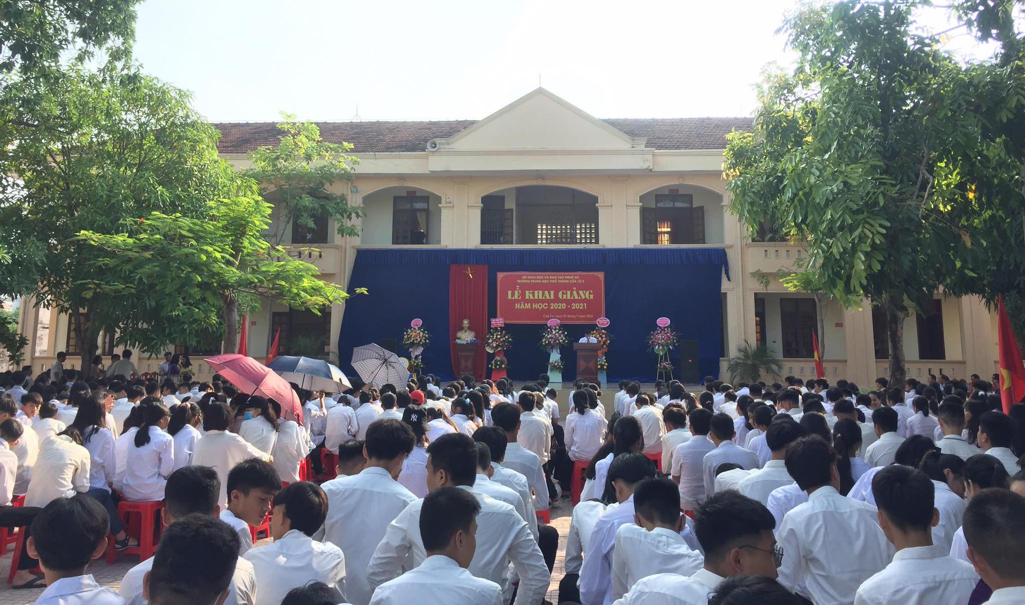 Trường THPT Cửa Lò 2 khai giảng năm học mới