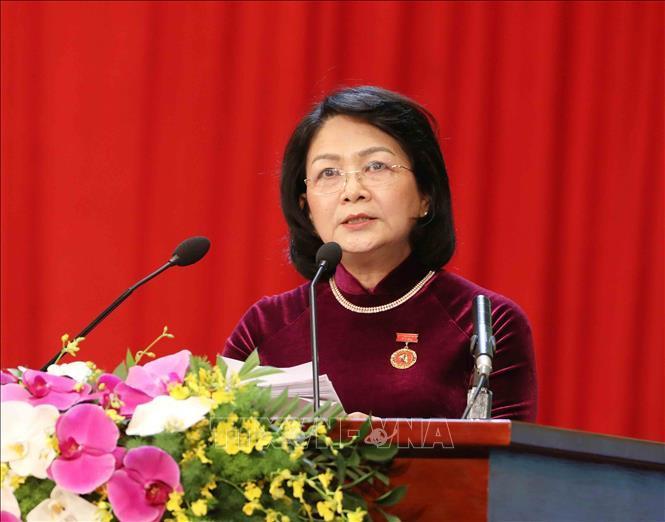 Phó Chủ tịch nước Đặng Thị Ngọc thịnh, Phó Chủ tịch thứ nhất Hội đồng Thi đua - Khen thưởng Trung ương báo cáo tổng kết phong trào thi đua giai đoạn 2015-2020.